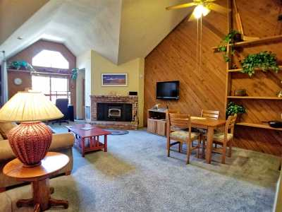 Mammoth Lakes Condo/Townhouse Active Under Contract: 865 Majestic Pines Dr #302