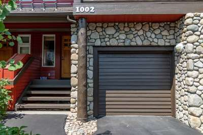 Mammoth Lakes Condo/Townhouse For Sale: 1002 Fairway Circle