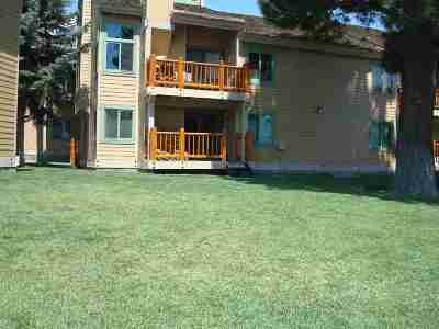 Mammoth Lakes CA Condo/Townhouse Active Under Contract: $449,000