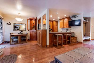 Mammoth Lakes Condo/Townhouse Active-Price Chg: 244 Lakeview #181 Boulevard