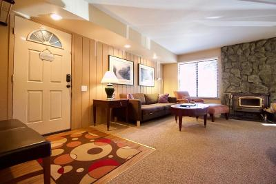 Mammoth Lakes Condo/Townhouse For Sale: 244 Lakeview Blvd. #157