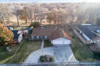 Bishop Single Family Home For Sale: 320 Ranch Road