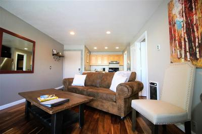 Mammoth Lakes Condo/Townhouse For Sale: 137 Laurel Mountain Road