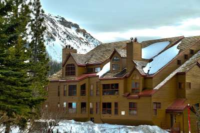 Mammoth Lakes Condo/Townhouse For Sale: 865 Majestic Pines Dr #224