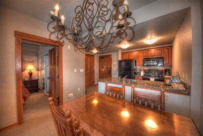 Mammoth Lakes Condo/Townhouse Active Under Contract: 1111 Forest Trail #1317