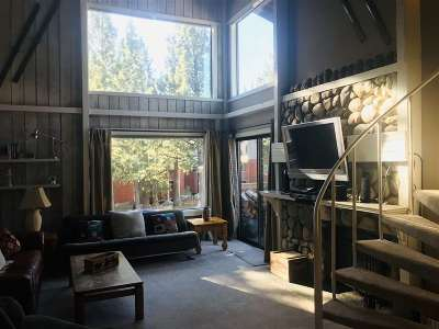 Mammoth Lakes Condo/Townhouse For Sale: 3253 Meridian Boulevard