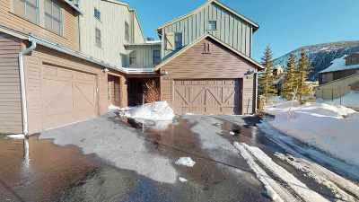Mammoth Lakes CA Condo/Townhouse For Sale: $689,000