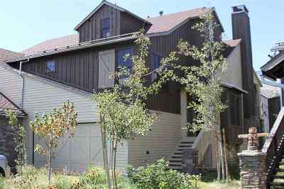Mammoth Lakes Condo/Townhouse For Sale: 1132 Pyramid Peak Drive