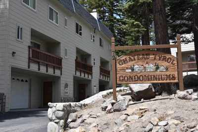 Mammoth Lakes Condo/Townhouse For Sale: 72 Tyrol Lane #2