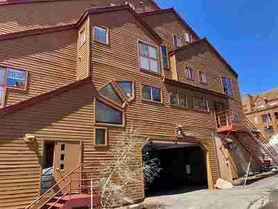 Mammoth Lakes Condo/Townhouse For Sale: 865 Majestic Pines Drive