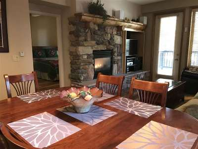 Mammoth Lakes Condo/Townhouse For Sale: 1500 Lodestar Drive #120