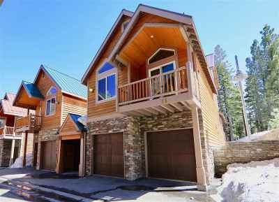 Mammoth Lakes Condo/Townhouse For Sale: 3771 Main Street #11