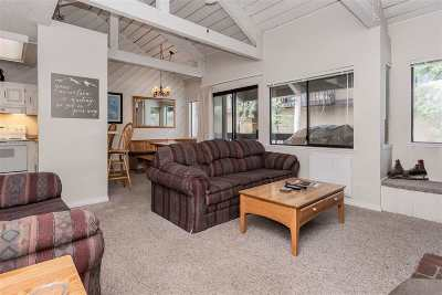 Mammoth Lakes Condo/Townhouse For Sale: 1629 Majestic Pines Drive