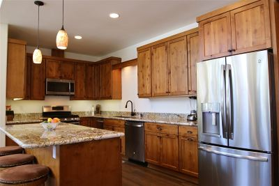 Mammoth Lakes Single Family Home Active Under Contract: 230 Hillside Drive
