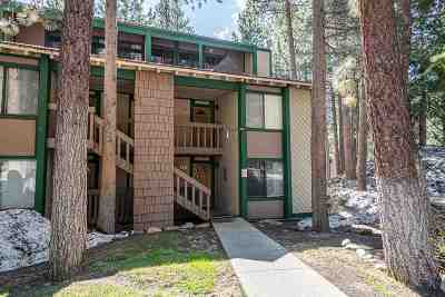 Mammoth Lakes Condo/Townhouse For Sale: 2251 Meridian Blvd #135