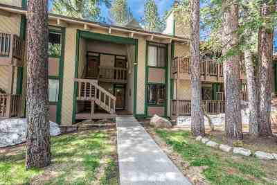 Mammoth Lakes Condo/Townhouse For Sale: 2251 Meridian Boulevard