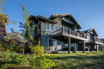Mammoth Lakes Condo/Townhouse For Sale: 975 Fairway Circle