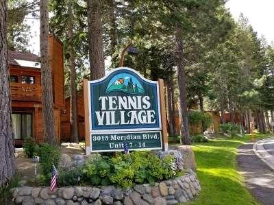 Mammoth Lakes Condo/Townhouse For Sale: 19 Villa Vista #6 Drive