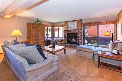 Mammoth Lakes Condo/Townhouse For Sale: 103 Meadow Lane #26