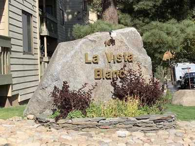 Mammoth Lakes Condo/Townhouse For Sale: 167 Meadow
