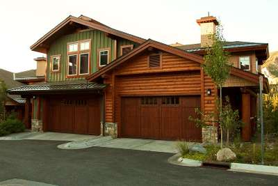 Mammoth Lakes Condo/Townhouse For Sale: 100 Juniper Springs