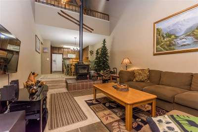 Mammoth Lakes Condo/Townhouse For Sale: 2252 Meridian Blvd #50