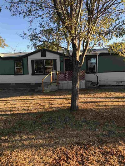 Big Pine, Bishop Manufactured Home For Sale: 52 Sacramento
