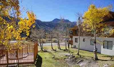June Lake CA Condo/Townhouse For Sale: $559,000