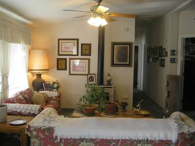 Bridgeport Single Family Home For Sale: 22 W Summers Meadow Rd.