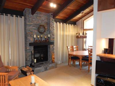 Mammoth Lakes Condo/Townhouse Active Under Contract: 2113 Meridian Blvd #118