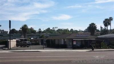 Vista Multi Family Home For Sale: 467 N Melrose Drive