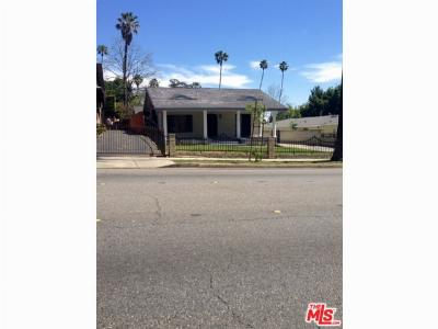 Pasadena Single Family Home Active Under Contract: 950 N Los Robles Avenue