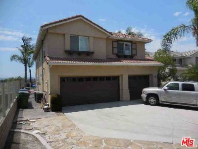 Mission Viejo Single Family Home Active Under Contract: 30 Skycrest