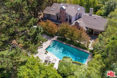 Los Angeles Single Family Home Active Under Contract: 7937 Woodrow Wilson Drive