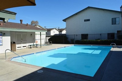 Lakeside CA Condo/Townhouse Active Under Contract: $245,000