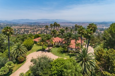 Fallbrook Single Family Home For Sale: 4 Rolling View Ln