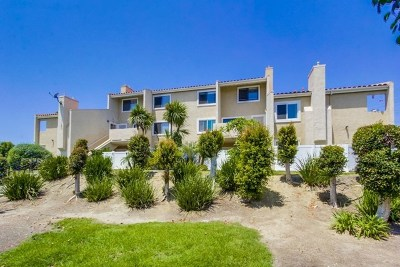 Carlsbad Condo/Townhouse For Sale: 6909 Quail Place #E