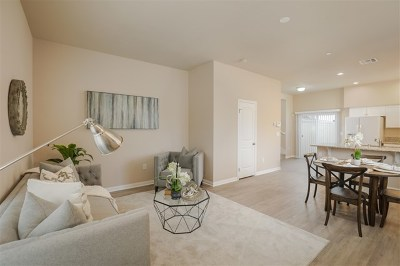 Imperial Beach Condo/Townhouse For Sale: 1329 Holly Avenue