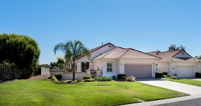 Murrieta Single Family Home For Sale: 40102 Colony Dr