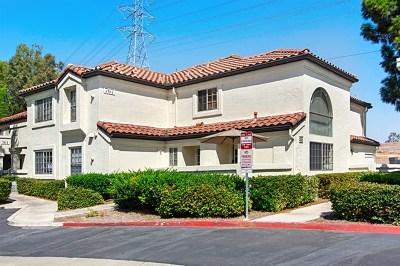 Chula Vista Condo/Townhouse For Sale: 767 Eastshore Terr #222