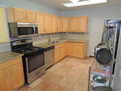 La Mesa Single Family Home For Sale: 3432 Trophy Drive