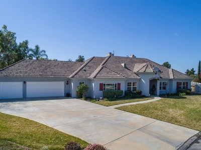 Fallbrook Single Family Home For Sale: 1337 Meredith Rd
