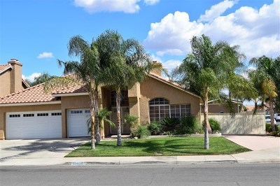 Wildomar Single Family Home For Sale: 35692 Frederick