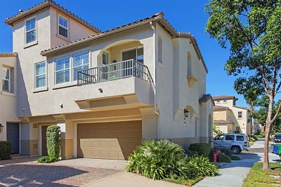 Carlsbad Condo/Townhouse For Sale: 3761 Jetty Pt