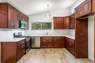 La Mesa Single Family Home For Sale: 7980 Pat St