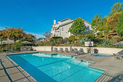 Poway Condo/Townhouse For Sale: 13324 Carriage Heights Cir