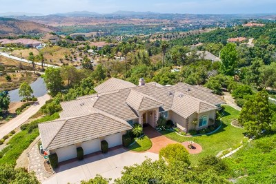 Fallbrook Single Family Home For Sale: 2201 Dos Lomas