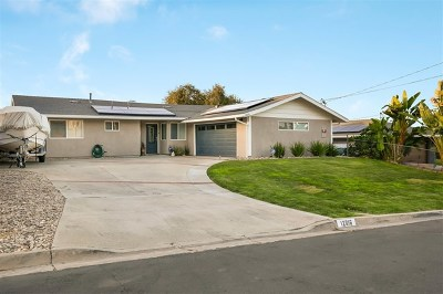 Poway Single Family Home For Sale: 12616 Mustang Dr