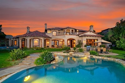 Rancho Santa Fe Single Family Home For Sale: 8018 Camino De Arriba