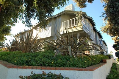Carlsbad Condo/Townhouse For Sale: 3707 Garfield Street